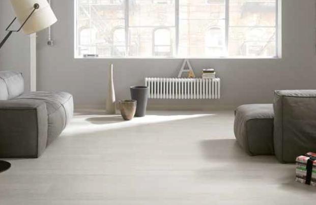 Pavimenti Finto Legno Bianco : Pavimento effetto legno chiaro. essenze with pavimento effetto legno